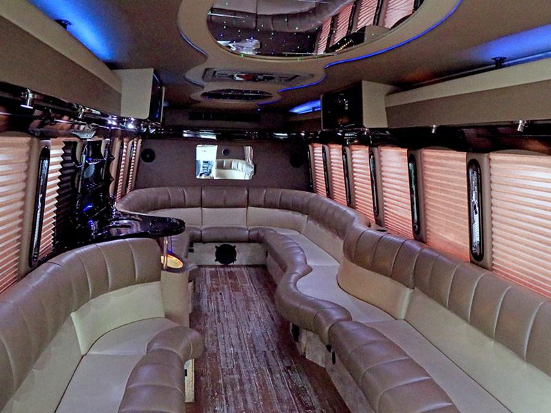 Toledo Luxury Limousine and Executive Transportation Fleet ...